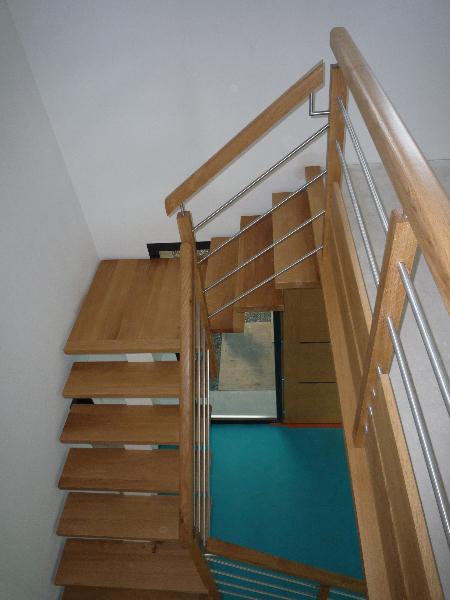 Escaliers bois et tubes inox menuiserie raguet blain for Escalier avec palier intermediaire