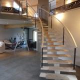 escalier-lamelle-colle-bois-rampe-bois-et-inox-2